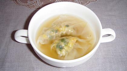 ワンタン風スープ