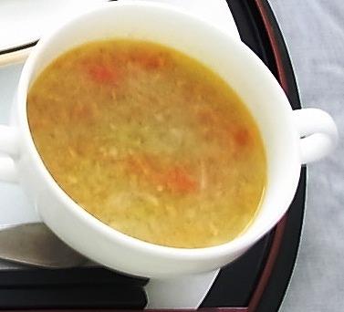やさいと雑穀のつぶつぶスープ