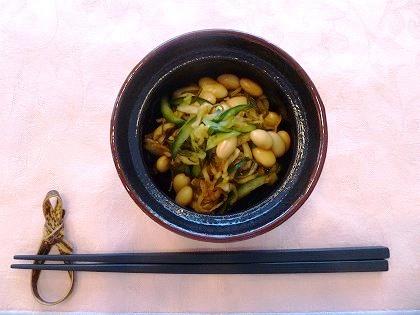 大豆とこぶのサラダ